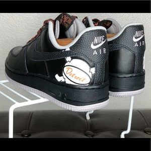 Nike Shoes - NEW Nike Air Force 1 low detroit away black orange